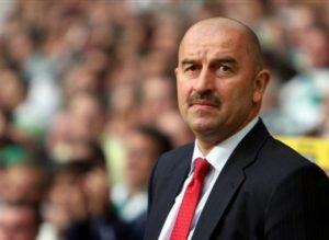 Spartak Moscow's Manager Stanislav Cherchesov looks on during their Champions League third round qualifying soccer match against Celtic at Celtic Park, Glasgow, Scotland, Wednesday, Aug. 29, 2007. (AP Photo/Scott Heppell)